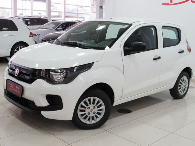Fiat Mobi Easy 1.0 Flex Branco, 4 portas, Manual, Gasolina e Álcool, 19.431km Seminovos