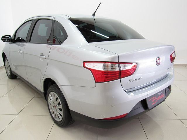 Fiat Grand Siena Attractive 1.0 Flex Prata, 4 portas, Manual, Gasolina e Álcool, 38.553km Seminovos Imagem 3