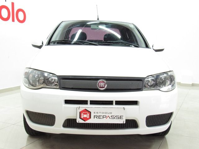 Fiat Siena Celebration 1.0 8V Fire Flex Branco, 4 portas, Manual, Gasolina e Álcool, 143.164km Seminovos Imagem 1