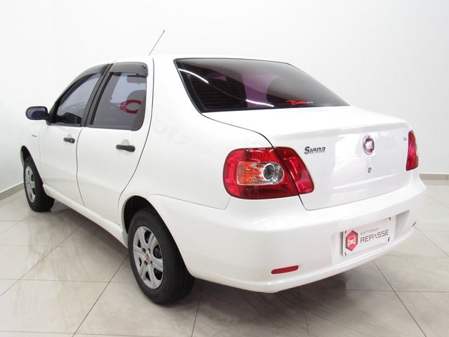 Fiat Siena Celebration 1.0 8V Fire Flex Branco, 4 portas, Manual, Gasolina e Álcool, 143.164km Seminovos Imagem 3